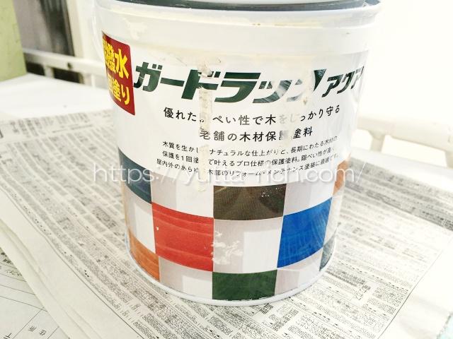 多肉棚に塗った塗料
